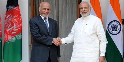هندیها «خانعبدالغفارخان» را گاندی مینامند