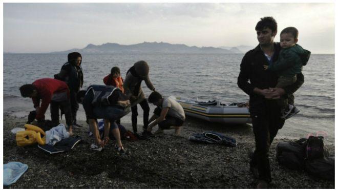 در یک سال گذشته ۲۵۰ هزار افغان در کشورهای صنعتی درخواست پناهندگی دادهاند