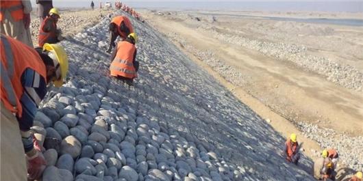 ۷۰ درصد حاشیهسازی سواحل رودخانه آمو پایان یافت/۳۰ هزار هکتار آبیاری میشود