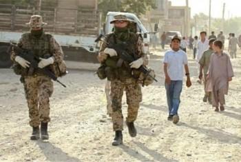 ۹۸۰ نظامی خود را در افغانستان حفظ می کند
