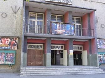 نبود بودجه و نگرانی از بستهشدن سینماها