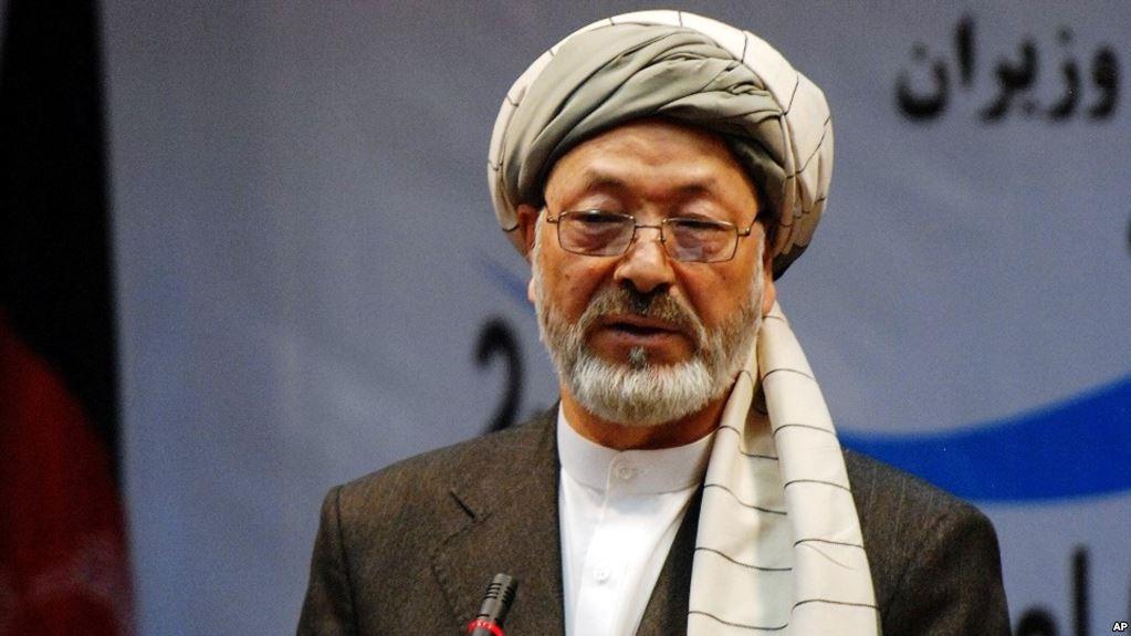 خلیلی: هیچگونه گفتوگوی رسمی بین دولت، شورای عالی صلح و طالبان صورت نگرفته است