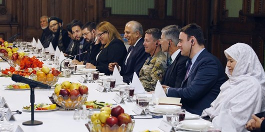 خلیلزاد: پیشرفت در صلح به نشست افغانها با یکدیگر بستگی دارد