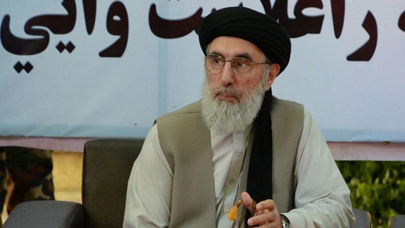 حکمتیار: طالبان از جنگ خسته و خواستار تأمین یک «صلح مطمئن» استند