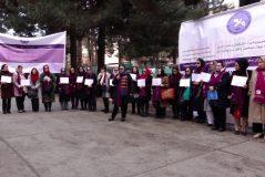 زنان برای حضور در گفتوگوهای صلح یک کمیتۀ ۴۰نفری را ایجاد میکنند