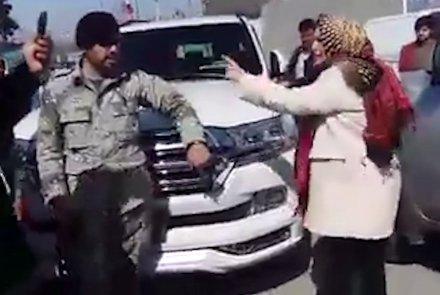 واکنش تند وزارت داخله به لتوکوب یک افسر از سوی پروین درانی