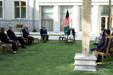 دیدار خلیلزاد با غنی و عبدالله؛ روند صلح محور گفتوگو بودهاست