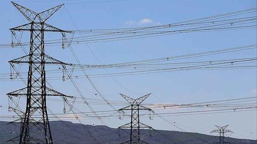 کاهش ۴۳ درصدی صادرات برق تاجیکستان به افغانستان و ازبکستان