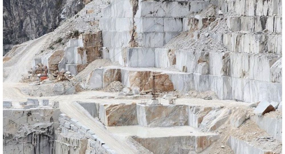 قاچاق میلیاردی سنگ های قیمتی افغانستان در یک سال
